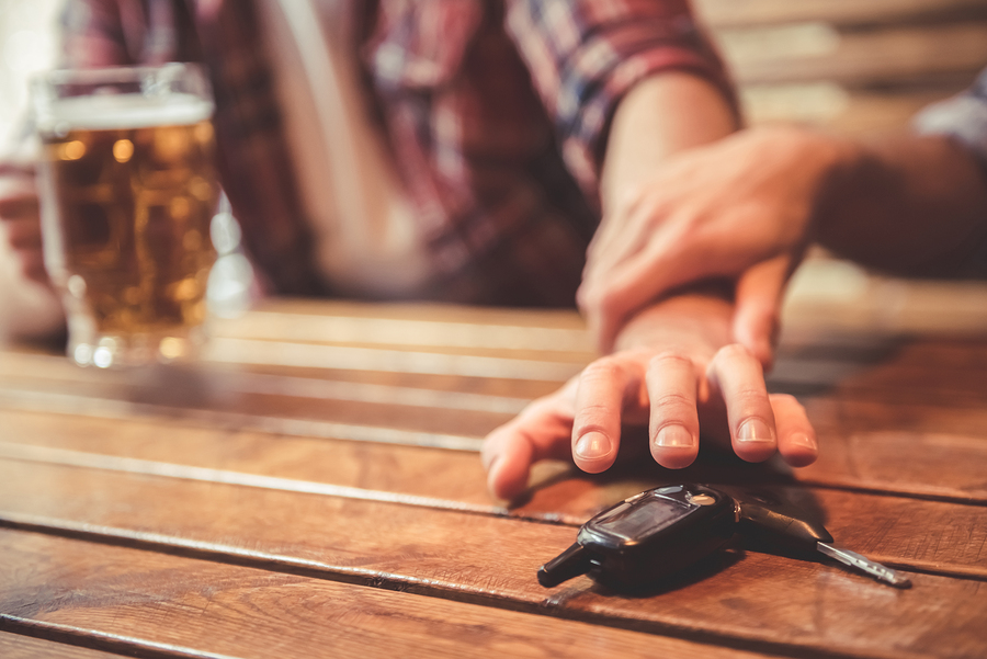 Serving Alcohol Safely in Your Bar or Restaurant